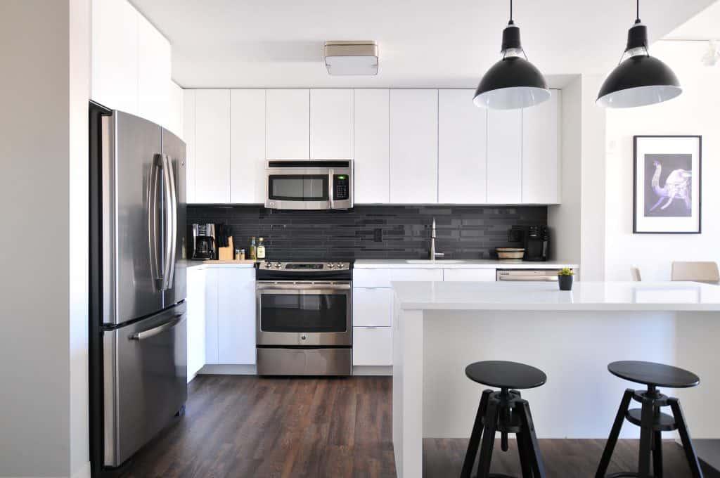 איתור כספים לטובת שיפוץ הדירה